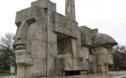 Monumentul Ostasului din Carei, renovat