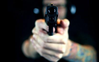 Trei bărbaţi împuşcaţi şi unul lovit în cap, din cauza unui loc de parcare