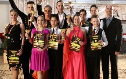 12 perechi de la Royal Dance Club pleacă la Naţionalele de Clase