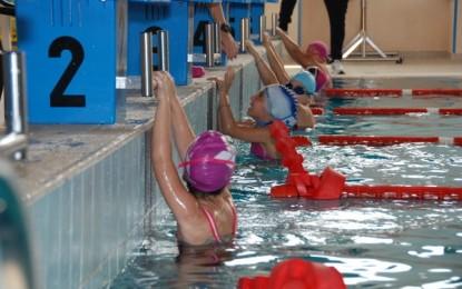 10 beneficii ale înotului