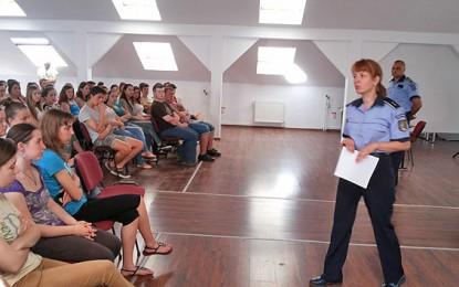 Şase elevi sătmăreni , orientaţi spre meseria de poliţist