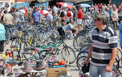Bicicletele castiga teren in fata mopedelor