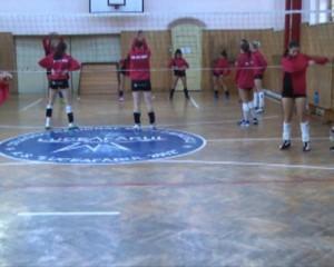 Voleibalistele în vizită la C.N. Eminescu