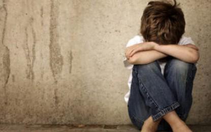 Un MONSTRU a VIOLAT un copil la ACÂŞ. INCREDIBIL cum a scăpat în trecut