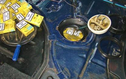 Maramureşean prins cu 4.000 de ţigări în rezervorul maşinii
