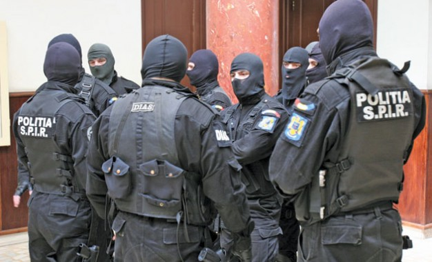 Proxeneţii din centrul municipiului Satu Mare, săltaţi de mascaţi