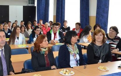 Elevi din Macedonia în practică la Satu Mare