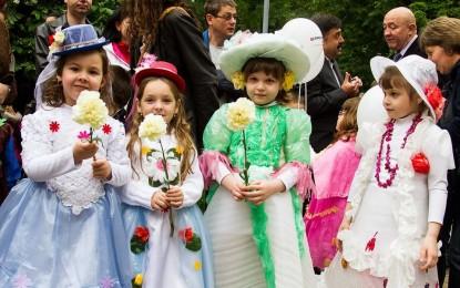 """Peste o mie de sătmăreni la """"Parada florilor"""""""