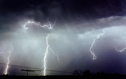 Atentie vine vremea rea! Judetul Satu Mare se afla sub amenintarea vijeliei si a ploilor