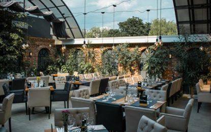 """Patronii de restaurante din Satu Mare TRAG un semnal de ALARMĂ: """"Lăsați-ne să deschidem terasele, altfel rămânem fără personal!"""""""